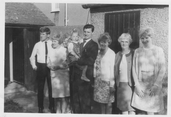 Ray, Sandra, Yvonne, Sally, Terry, Joy, Ceinwen and Carole