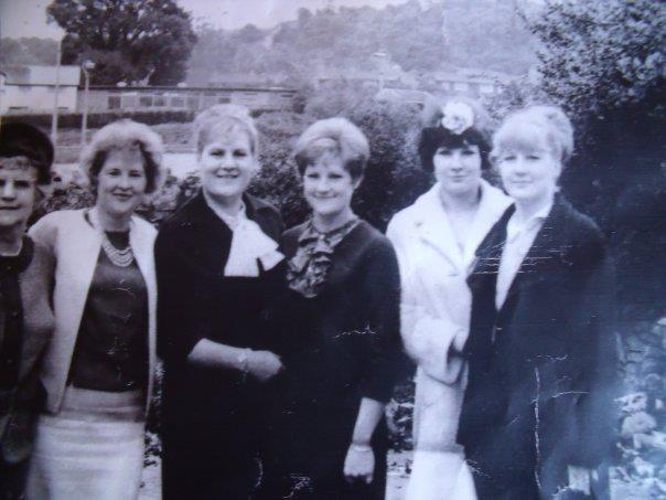 Ceinwen, Joy, Yvonne, Pearl, Carole and Sandra